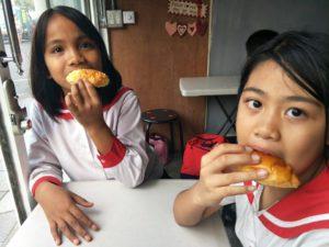 讓孩子吃飽飽快樂上學去