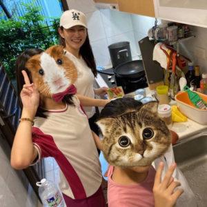 愛心大廚Emily來幫陪讀班的孩子煮晚餐啦